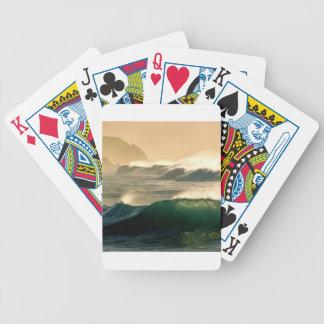 Marea del rollo del mar barajas de cartas