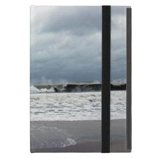 Mares tempestuosos del Océano Atlántico iPad Mini Coberturas