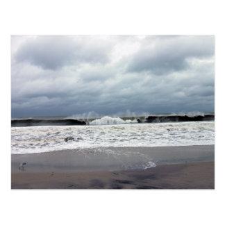 Mares tempestuosos del Océano Atlántico Tarjeta Postal