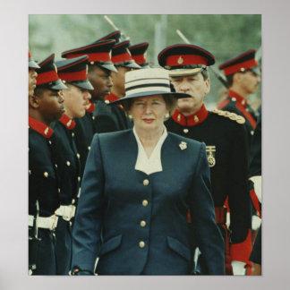 Margaret Thatcher - estudio militar Póster