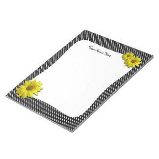 Margarita amarilla Polkadots blanco y negro Bloc De Papel