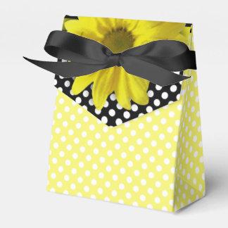Margarita amarilla Polkadots blanco y negro Cajas Para Regalos De Fiestas