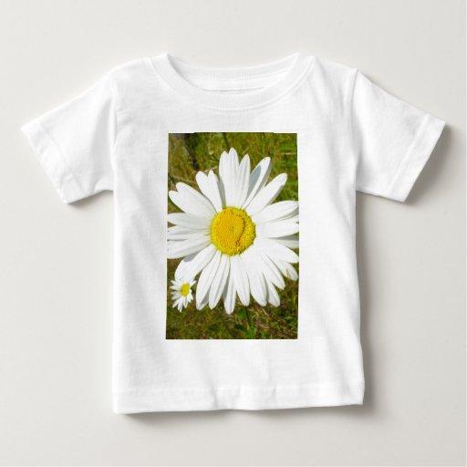 Margarita blanca t shirts