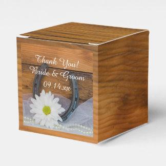 Margarita de madera del falso granero y boda caja para regalos de fiestas