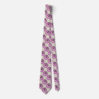 Margarita magenta rosada en la impresión de cuero corbata