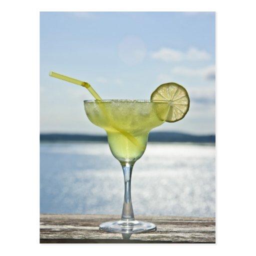 Margarita por el mar tarjetas postales