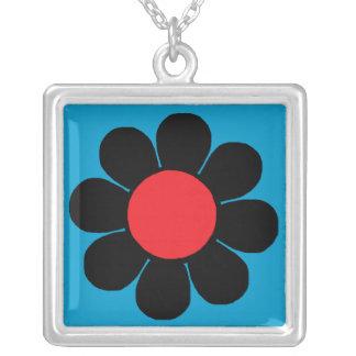 Margarita retra del flower power del estallido collar personalizado