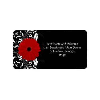 Margarita roja brillante del Gerbera en negro Etiqueta De Dirección