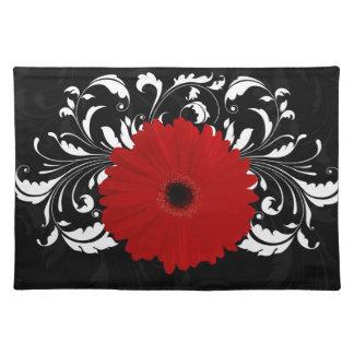 Margarita roja brillante del Gerbera en negro Mantel Individual
