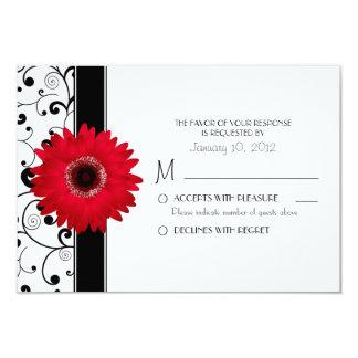 Margarita roja del Gerbera con el diseño negro Invitación 8,9 X 12,7 Cm
