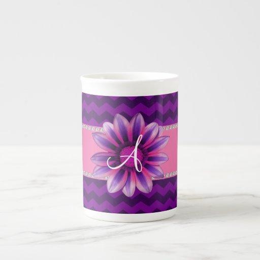 Margarita rosada de los galones púrpuras del monog tazas de porcelana