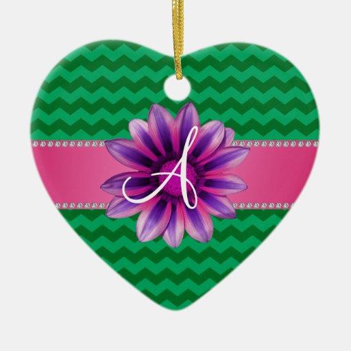 Margarita rosada de los galones verdes del adorno navideño de cerámica en forma de corazón
