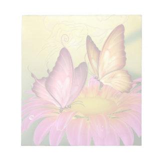 Margarita y libreta rosadas de las mariposas blocs de notas