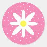 Margarita y lunares rosados pegatina redonda