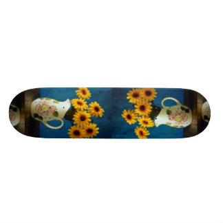 Margaritas amarillas atractivas en jarro patineta personalizada
