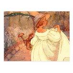 Maria en su jardín postal