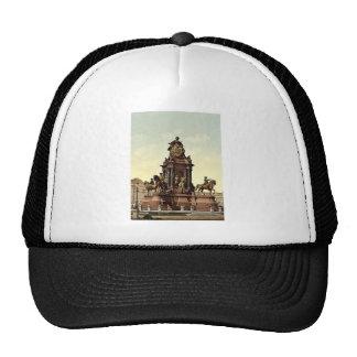 Maria Theresa Monument, Vienna, Austro-Hungary mag Trucker Hat