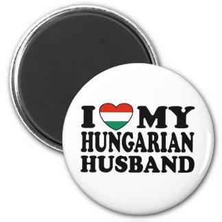 Marido húngaro imán redondo 5 cm