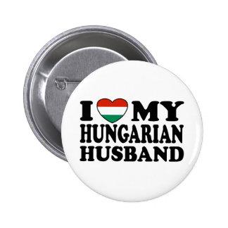 Marido húngaro pin redondo de 2 pulgadas
