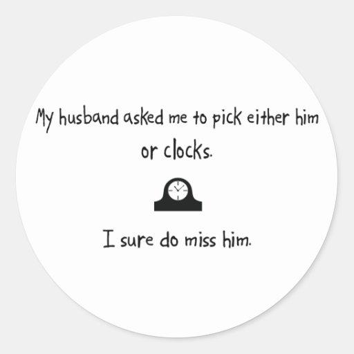 Marido o relojes de la selección pegatina redonda