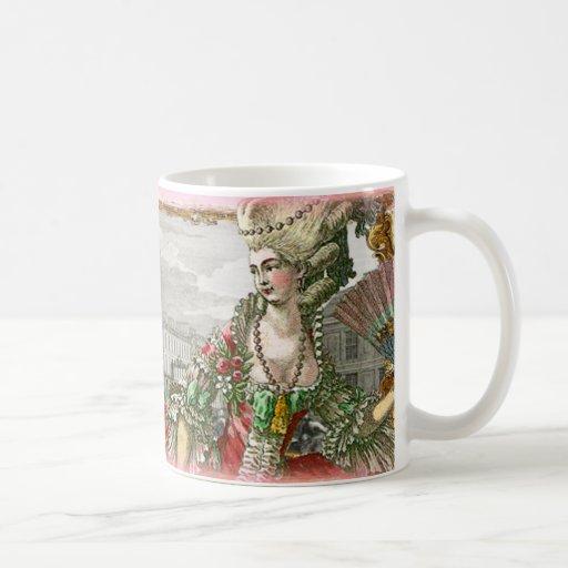 Marie Antonieta en la taza del palacio de Versalle