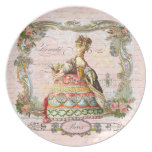 Marie Antonieta en rosa con los rosas rosados Plato De Cena
