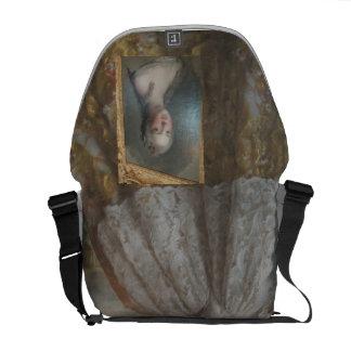 MARIE ANTONIETTE BAG, CLASSY, DIVINE COURIER BAGS