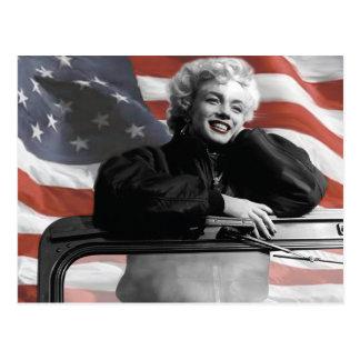 Marilyn patriótica postal