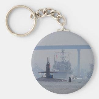 Marina de guerra de las naves nucleares de los sub llavero redondo tipo pin