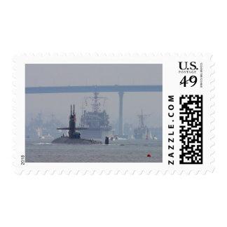 Marina de guerra de las naves nucleares de los timbres postales
