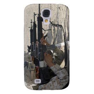 Marine fires their M16A2 service rifles Galaxy S4 Cover