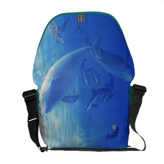 Marine organism messenger bag