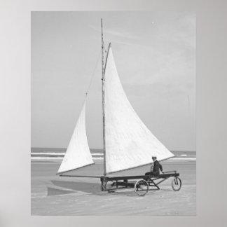Marinero 1903 de la playa póster