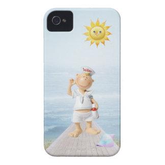 Marinero feliz lindo en paseo marítimo iPhone 4 cárcasa