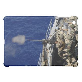 Marineros a bordo de USS Fort McHenry