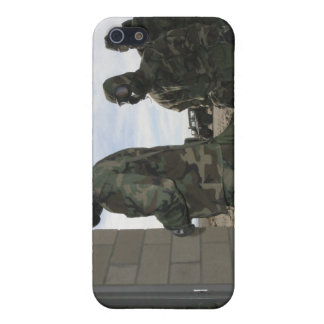 Marines and Sailors file into the gas chamber iPhone SE/5/5s Cover