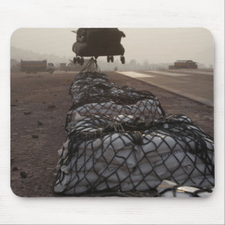 Marines attach sling loads mouse pad