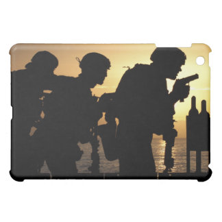Marines fire 9mm handguns cover for the iPad mini