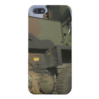 Marines prepare the antenna of an AN/TPQ-46A Case For iPhone SE/5/5s