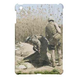 Marines search for weapons caches case for the iPad mini