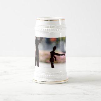 Marioneta de madera jarra de cerveza