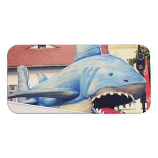 Marioneta del tiburón iPhone 5 carcasas