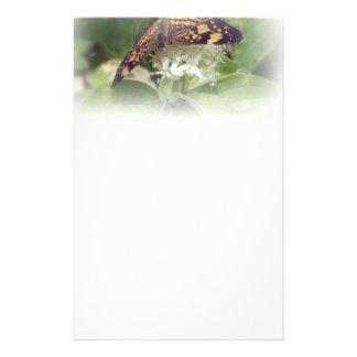 Mariposa 2 papelería de diseño