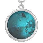 Mariposa abstracta azul pendiente personalizado