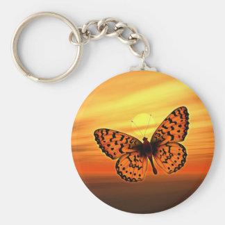 Mariposa anaranjada llavero redondo tipo pin