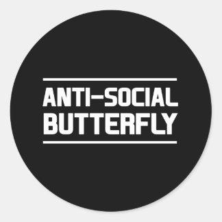 Mariposa antisocial pegatina redonda