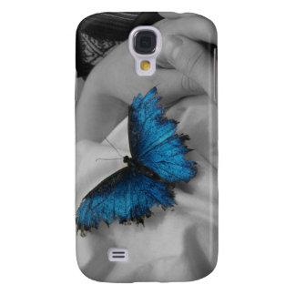 Mariposa azul cansada