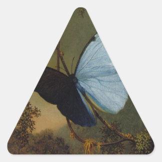 Mariposa azul de Morpho de Martin Johnson Heade Pegatina Triangular