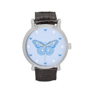 Mariposa azul del cráneo reloj de mano