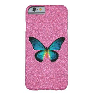 Mariposa azul en el caso rosado del iPhone 6 del Funda Para iPhone 6 Barely There